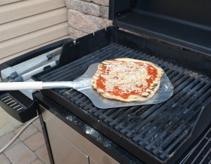 How to Grill Pizza 6