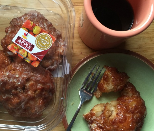 Honeycrisp Apple Fritters